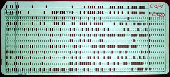 tarjeta-perforada-lenguajes-antiguos
